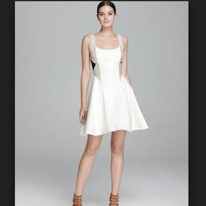 Alice + Olivia White Dress Clifton Fit and Fare
